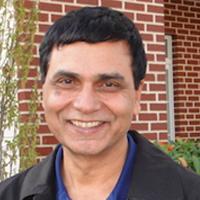 Dr_Navin_Khanna